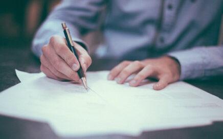 O Sesc oferece cursos gratuitos para capacitar jovens e adultos através do Programa de Comprometimento e Gratuidade (PCG)